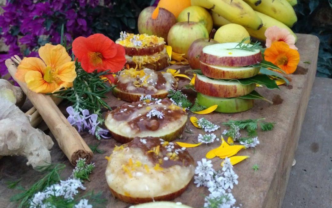 Galletas de Manzana con Crema de Plátano y Algarroba